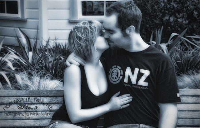 Caitlin-&-Blake-Kissing-on-Park-Bench CR
